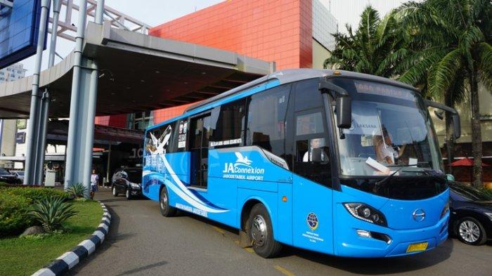 jakartarentbus sewa bus shuttle Bus 2