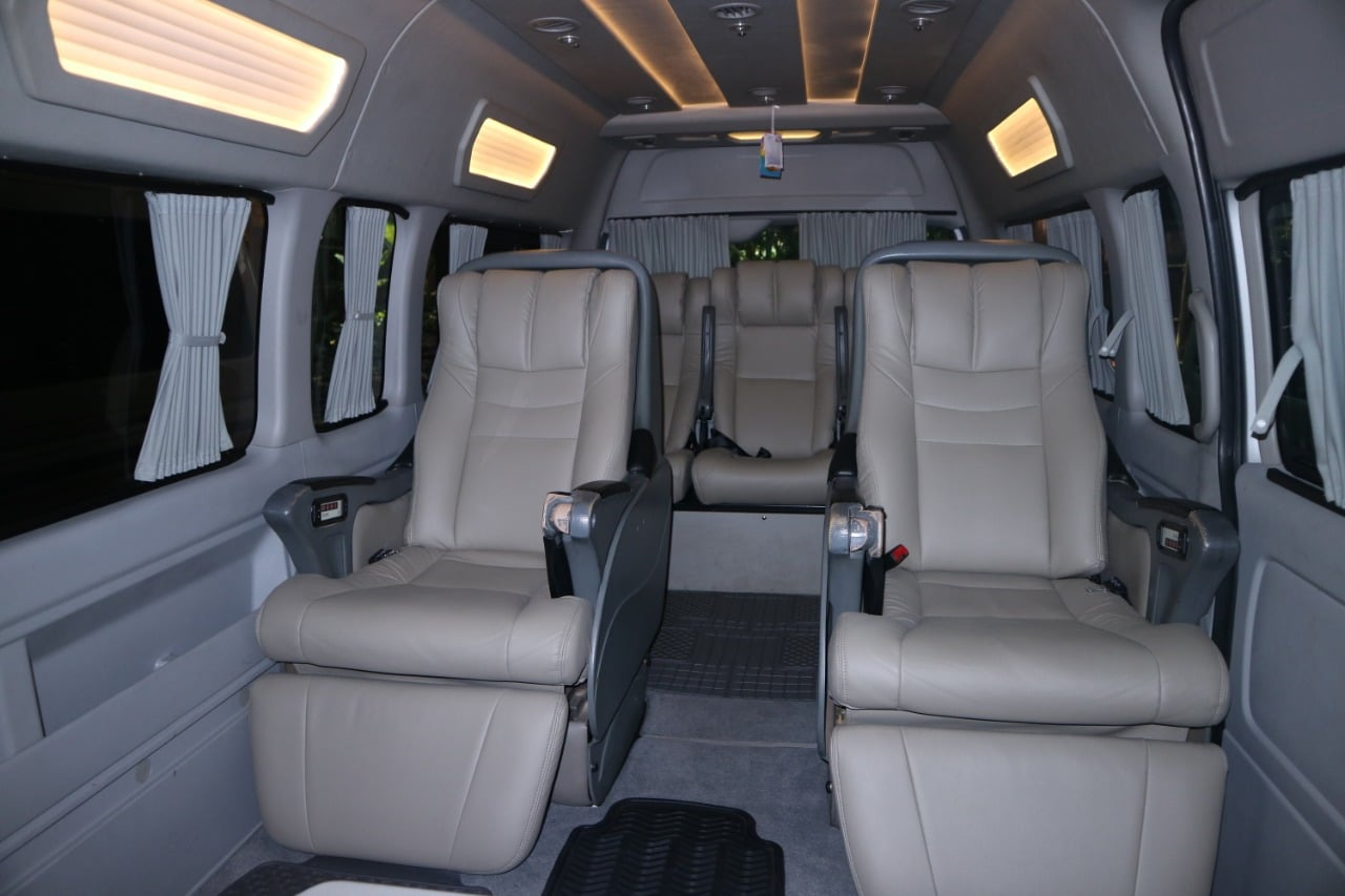 Luxury Hiace BNS