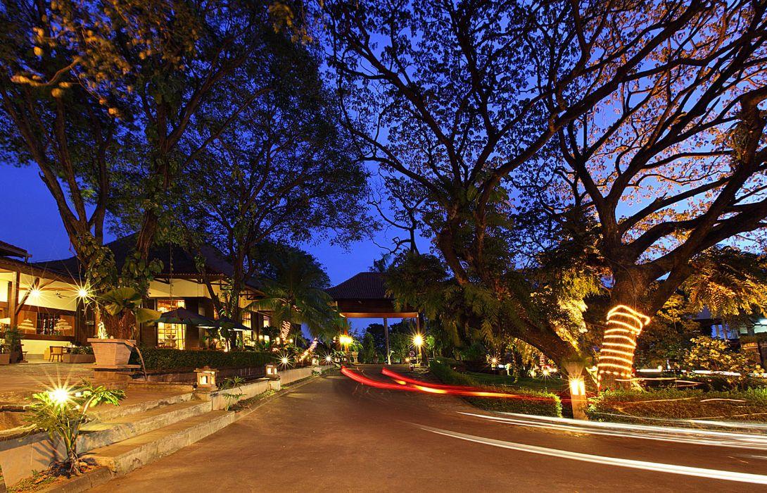 SINGGASANA HOTEL SURABAYA