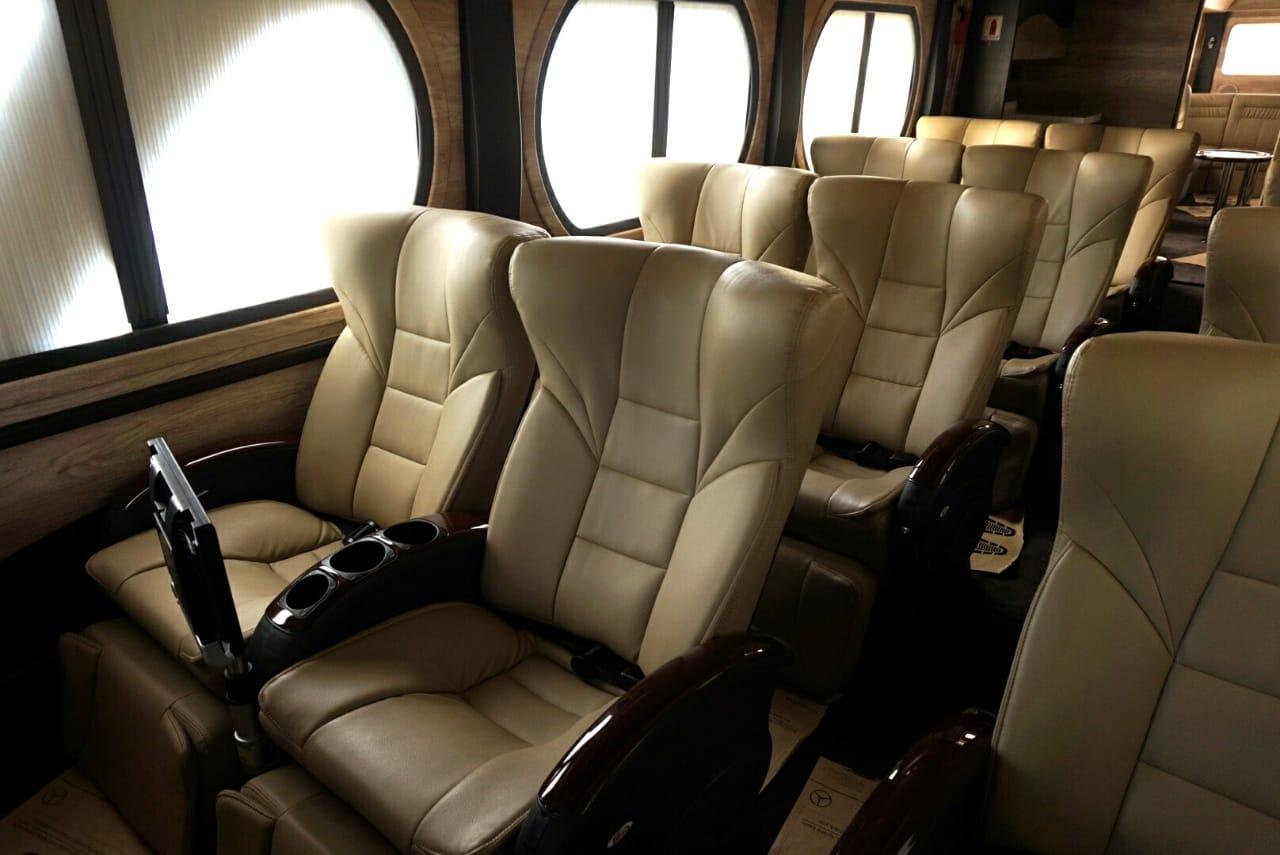 Luxury Bus Trac